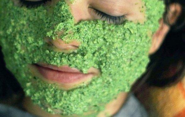 подтягивающая маска для лица в